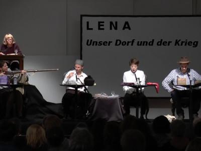 Hörtheater Käthe Recheis: Lena. Unser Dorf und der Krieg